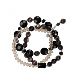 Triple bracelet with onyx and muscovite