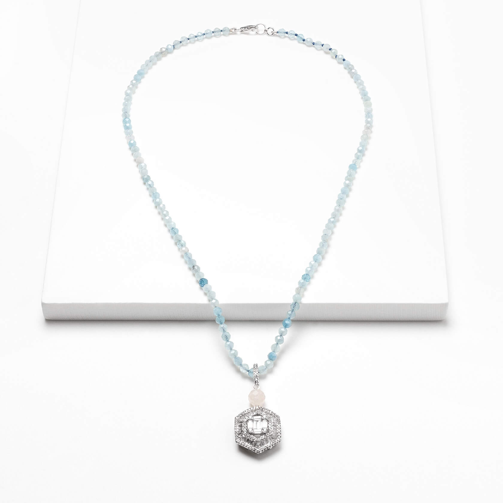 Aquamarine short necklace marybola