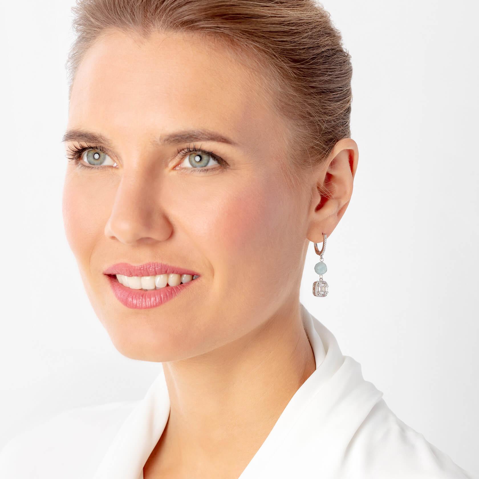 Square aquamarine nube earrings | Marybola