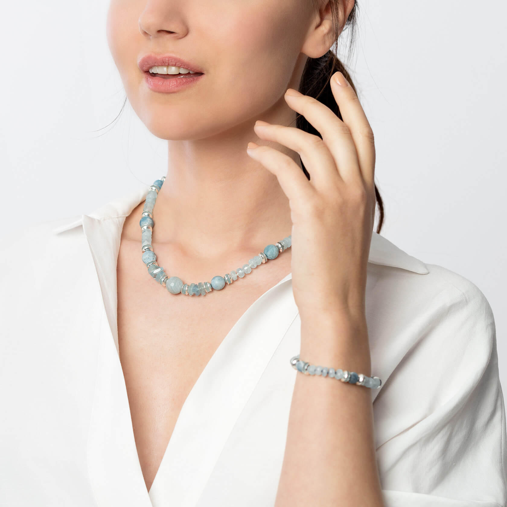 aquamarine short necklace kara