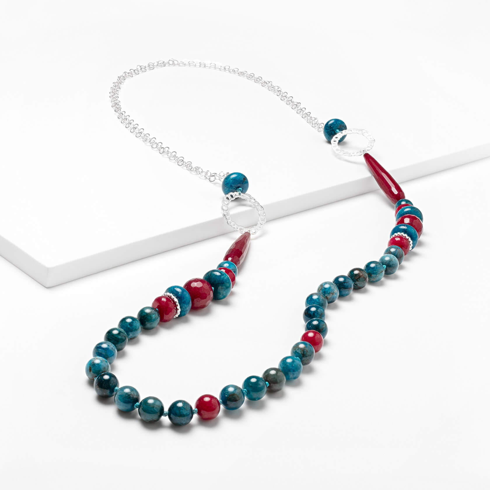 Agate and apatite long necklace