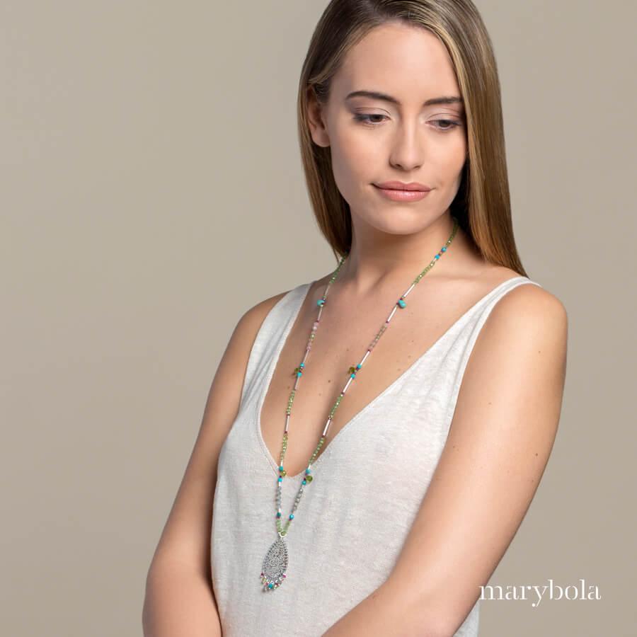 collar de olivino Marybola