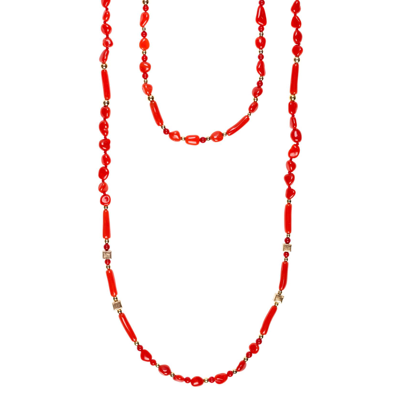 collar largo de coral
